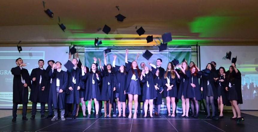 graduates-e1441091343730